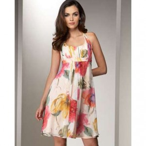 jedawabna-sukienka-w-kwiaty